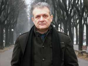 Franco Ricciardiello (a cura di), Assalto al sole